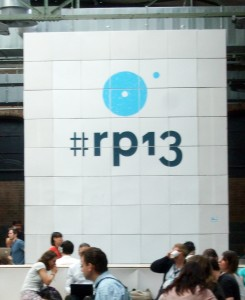 #rp13 Wand aus Pappkartons